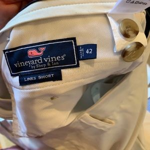 Vineyard vines links shorts size 42